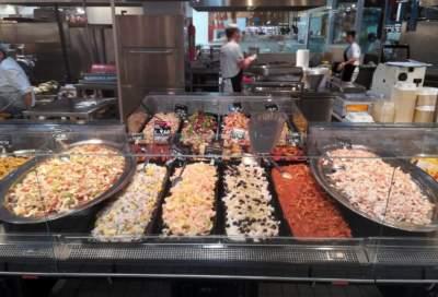 Allestimento banco gastronomia per la grande distribuzione GDO