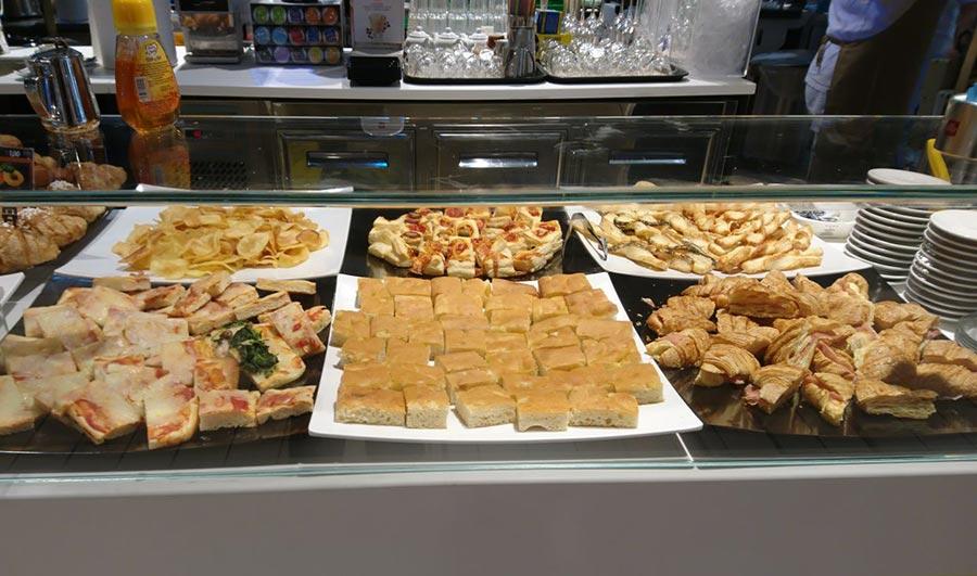 Allestimento banco panetteria della grande distribuzione GDO
